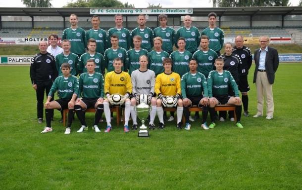 Unsere Verbandsligamannschaft der Saison 2012/13.